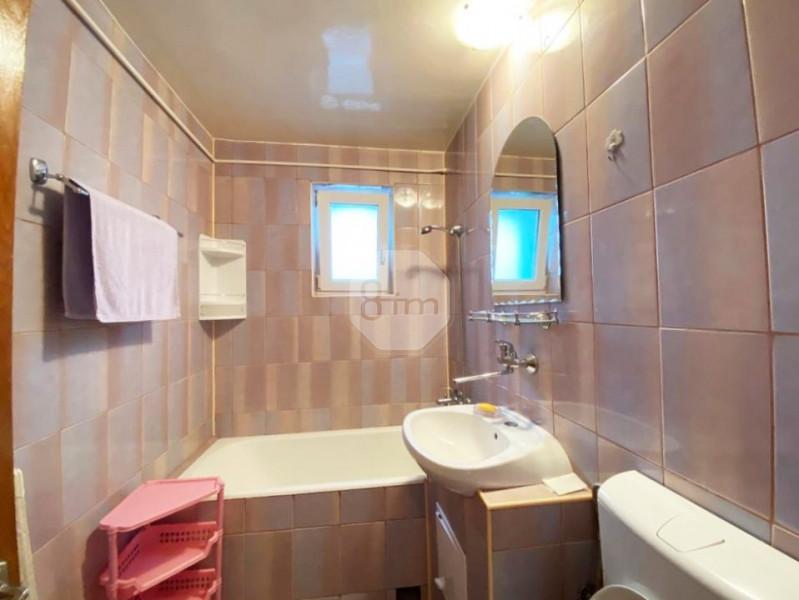Vanzare Apartament 2 Camere, Decomandat, 56 mp, Zona Radio Cluj !