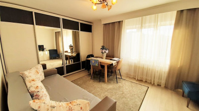 Vanzare Apartament 2 Camere, Decomandat, 56 mp, Zona Clujana !