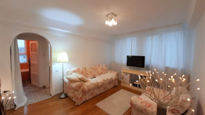Vanzare Apartament 2 Camere, Semidecomandat, 47 mp, Zona Piata Mihai Viteazu !