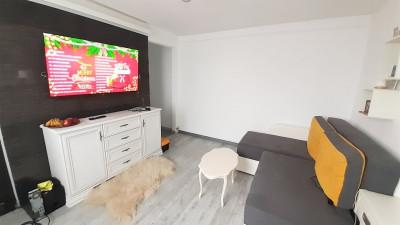 Vanzare Apartament, Semidecomandat, 3 Camere, 38mp, Zona Alverna !