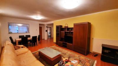 Vanzare Apartament Decomandat, 2 Camere, 79 mp, Zona Home Garden !