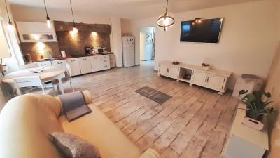 Inchiriere Apartament Decomandat, 3 Canere, 100 mp, Zona Mol !