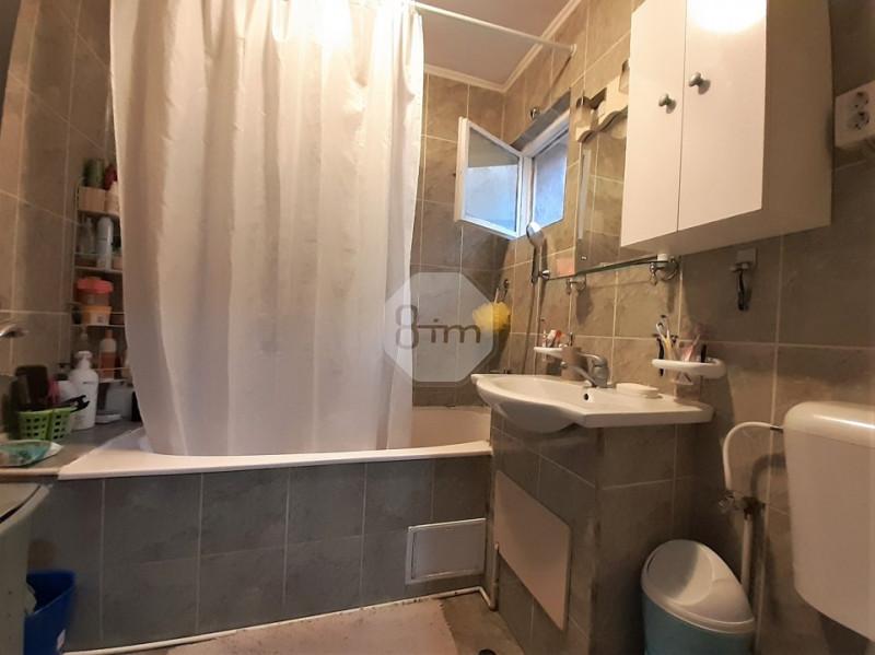 Vanzare Apartament 3 Camere, Decomandat, 70 mp, Zona OMW Aurel Vlaicu