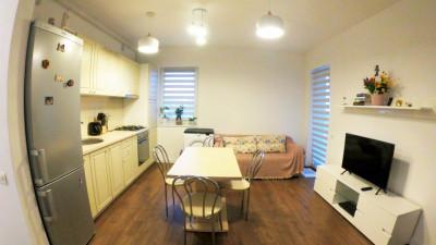 Apartament, Semidecomandat, 2 Camere, 41 mp, Zona Grand Hotel Italia !