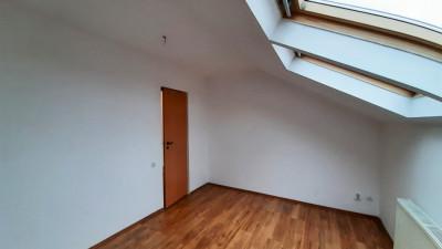Vanzare Apartament Decomandat, 2 Camere, 48 mp, Zona Golden Tulip!