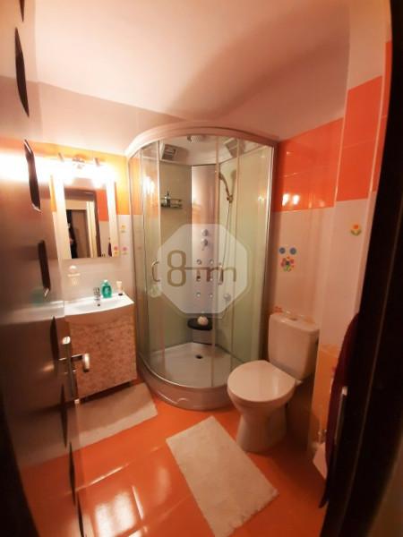 Vanzare Apartament, Decomandat, 4 Camere, 80 mp, Zona Strazii Gheorghe Dima!