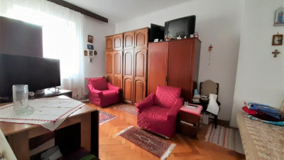Vanzare Apartament Decomandat, 1 Camera, 30 mp, Zona Titulescu !