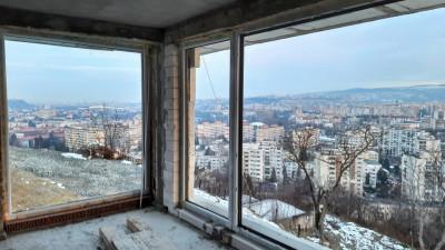 Vanzare Duplex,4 Camere, 3 Dormitoare, 167 mp, Zona Uliului !