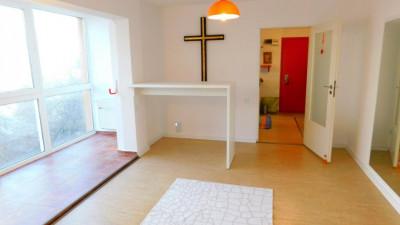 Vanzare Apartament, Semidecomandat, 52 mp, 2 Camere, Zona Piata Hermes !