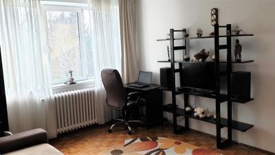 Vanzare Apartament, Semidecomandat, 2 Camere, 45 mp. Zona Interservisan !