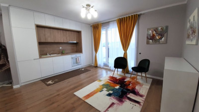 Vanzare Apartament 3 Camere, Semidecomandat, 64mp, Terasa 24mp, Zona Pod Ira!