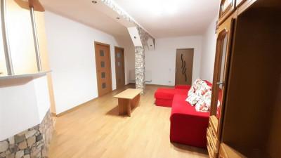 Vanzare Apartament Semidecomandat, 3 Camere, 61 mp, Zona Auchan !