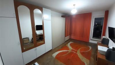 Vanzare Apartament, Decomandat, 2 Camere, 54 mp, Zona OMV Marasti !