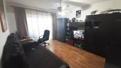 Vanzare Apartament, Decomandat, 3 Camere, 65 mp, Zona Dunarii !