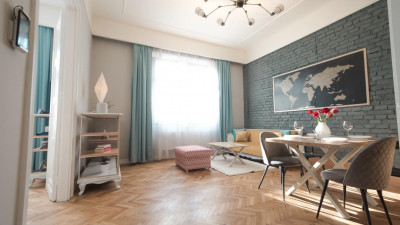 Vanzare Apartament 3 Camere, Semidecomandat, 77 mp, Zona The Office !