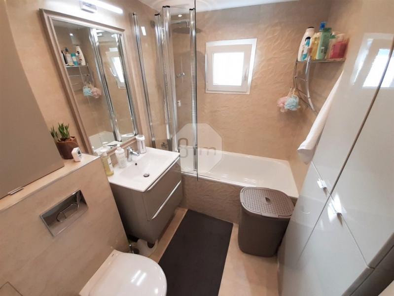 Vanzare Apartament, Decomandat, 2 Camere, 50 mp, Zona Parc Intre Lacuri !