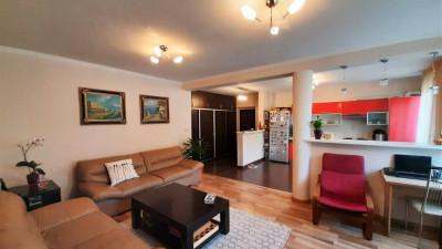 Vanzare Apartament   3 Camere   85.83 mp   Garaj   Zona Strazii Padurii!