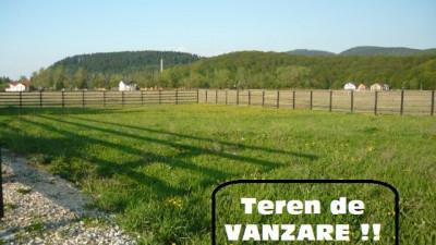 Teren 700 mp   Autorizabil imediat   Zona Corusu - zona Retrasa dar Accesibila !