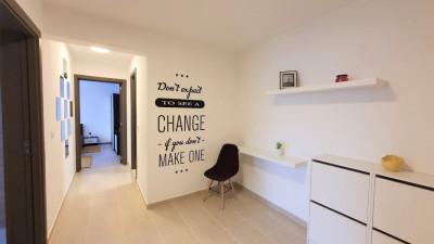 Vanzare Apartament 2 Camere, Decomandat, 54 mp, Zona Dennver !