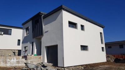 Casa Individuala 165 mp utili teren 660 mp zona Muncii Iris !